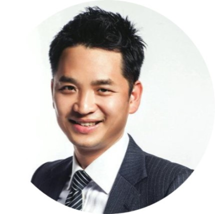 Mr Francis Kwok